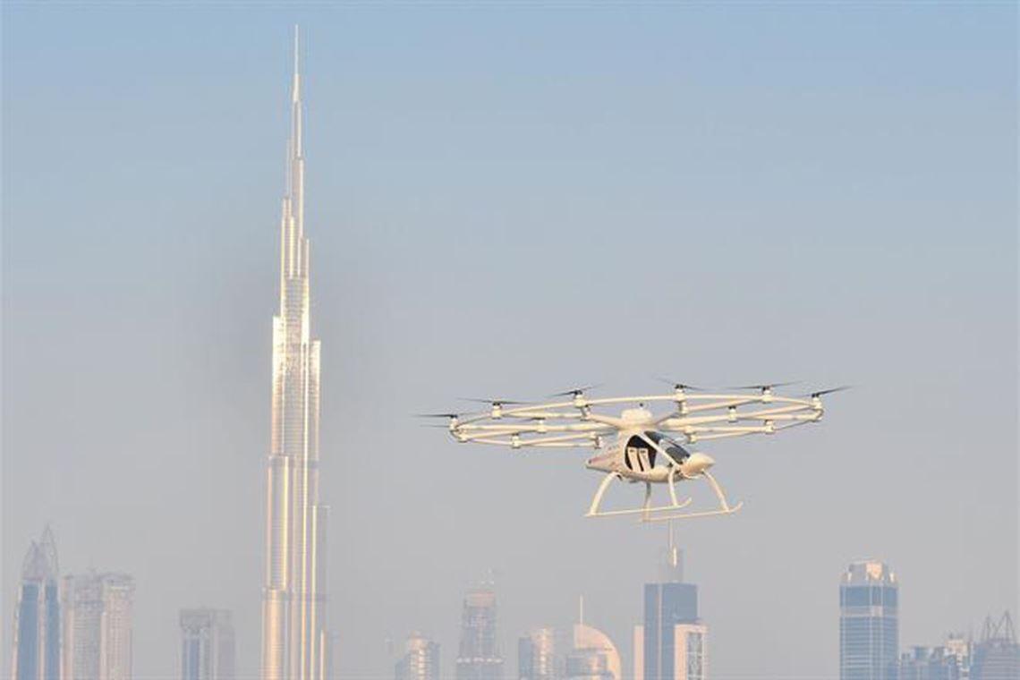 В Дубае испытали летающее такси