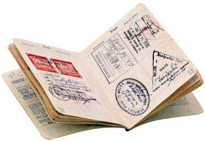 Россиянам теперь доступна виза в ОАЭ по прибытии