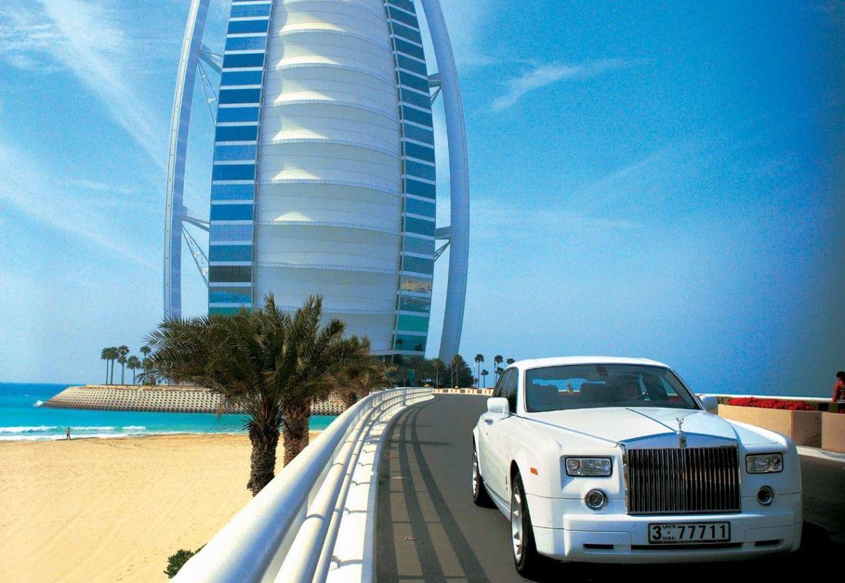 Savills: самые щедрые туристы приезжают в Дубай