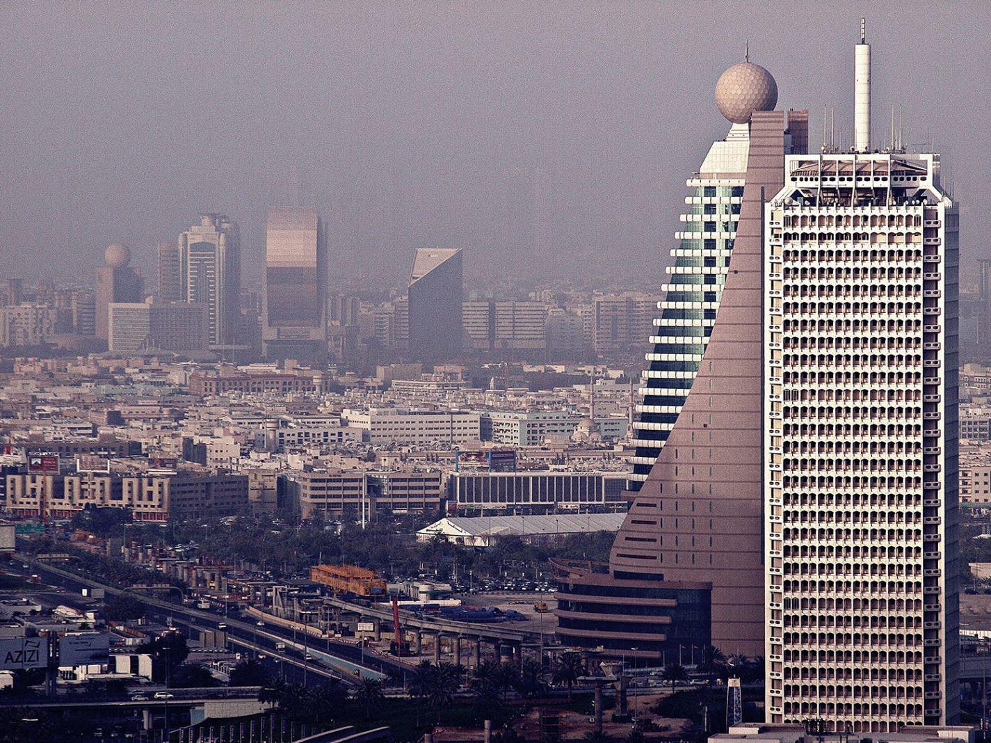 Всемирный торговый центр Дубая расширяет использование возобновляемых источников энергии