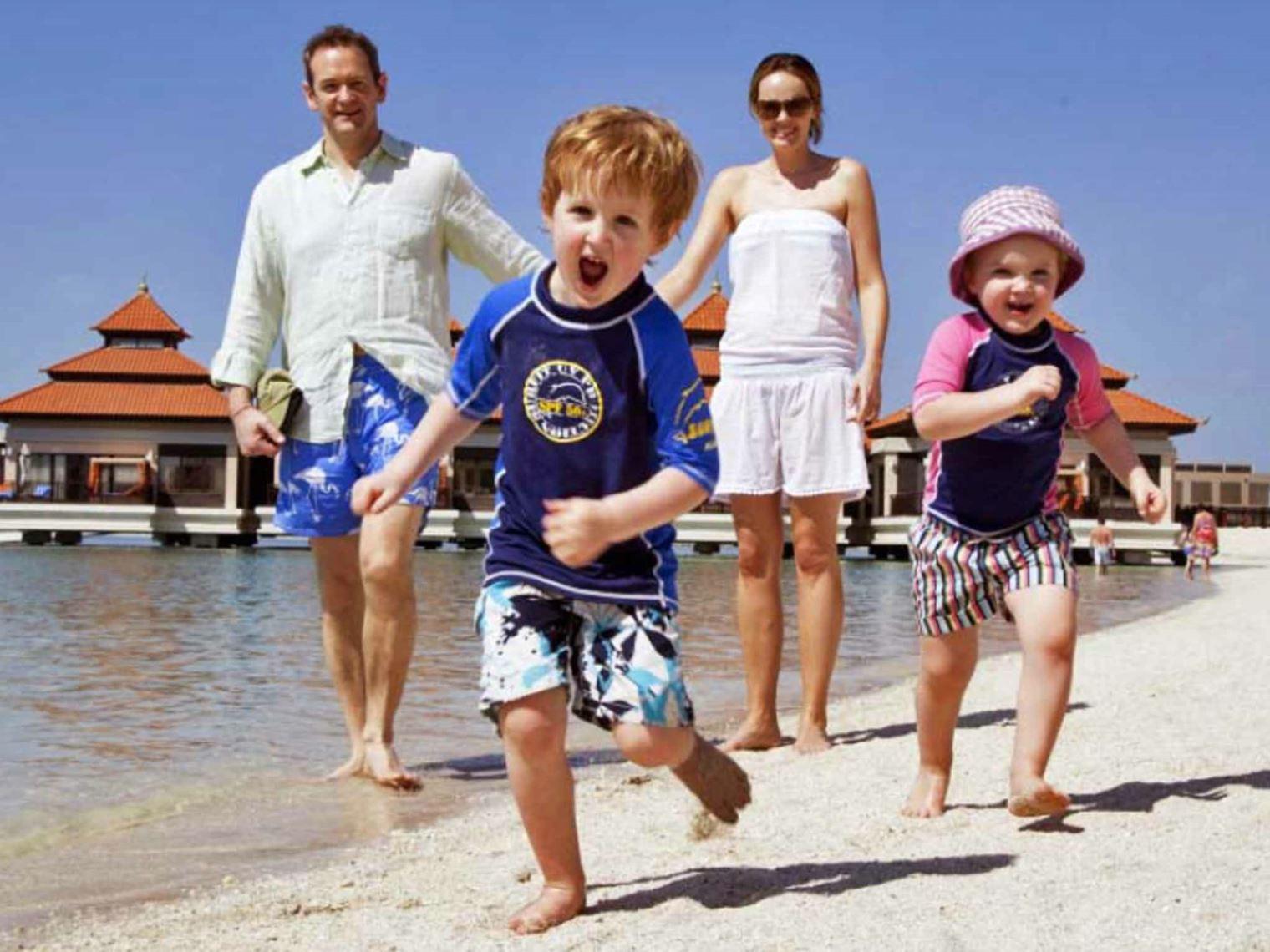 Дубай посетило рекордное количество туристов