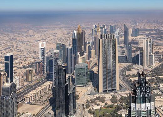 ازدهار الأنشطة التجارية في دبي في فبراير
