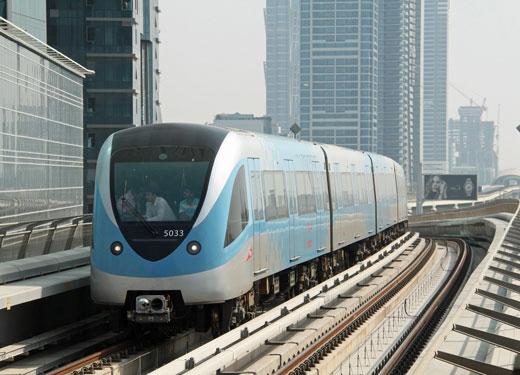 استثمارات دبي في النقل العام تتخطى حاجز الـ 100 مليار درهم