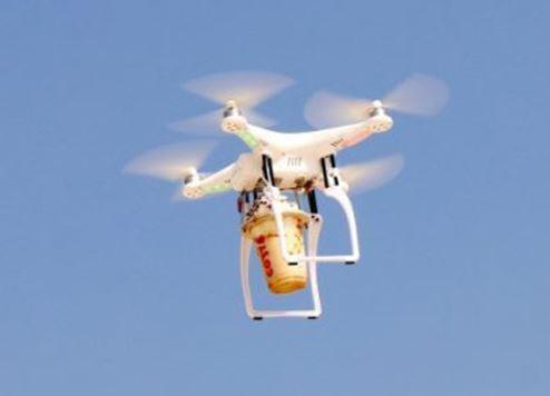 دبي تصبح المدينة الأولى في اختبار توصيل طلبات القهوة عبر طائرات بدون طيّار