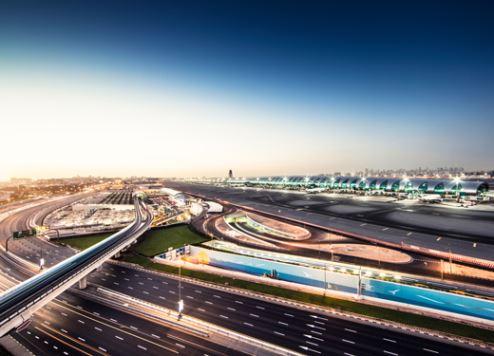 مطار دبي الدولي يستفيد من تعزيز البنية التحتية للطرق