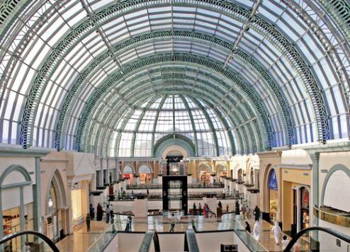 دبي تستفيد من زيادة الاستثمارات في قطاع بيع التجزئة بمليارات الدولارات