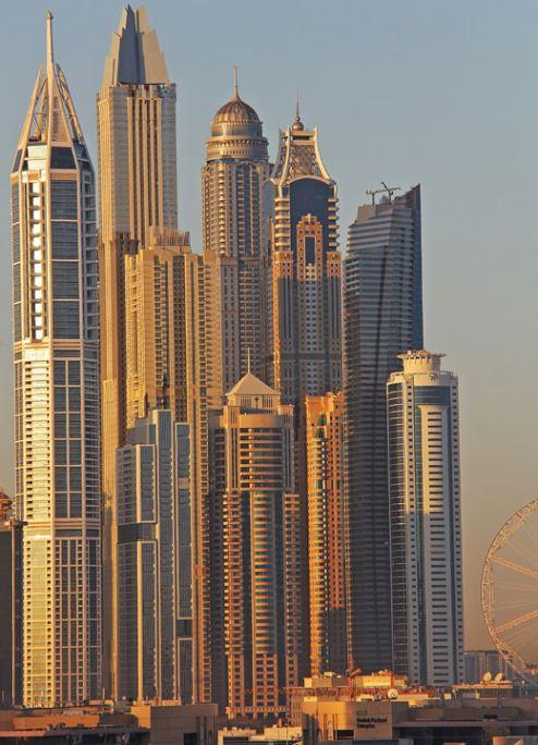 السياحة والإنشاءات محركان رئيسيان للنمو الاقتصادي القوي في دبي