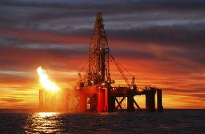 تدنّي أسعار النفط يعصف بسوق العقارات الإماراتي