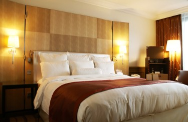 Dubai hotel revenues