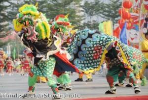 دبي تحتضن الاحتفالات الصينية في ظل ارتفاع عدد السائحين بنسبة 25٪