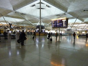 تسجيل أعداد المسافرين المسجلين عبر مطارات الإمارات العربية المتحدة