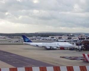 دبي تنشئ أكبر مطار في العالم