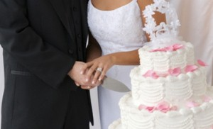 """دبي تخطط لأن تكون """"الوجهة الأولى لسياحة حفلات الزفاف"""""""