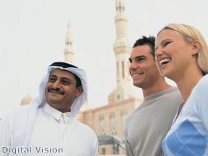 دبي تتحول إلى منارة سياحية