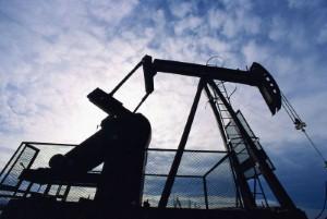 الوصول إلى اتفاق بين الإمارات والصين بشأن حق إنتاج النفط