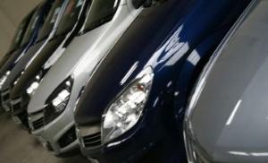 معرض دبي الدولي للسيارات يحقق مبيعات قياسية عام 2013