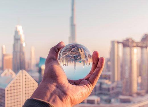 التحول إلى مدينة ذكية: استراتيجية دبي للنجاح على المدى الطويل