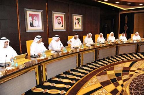 Кабмин ОАЭ одобрил программу выдачи долгосрочных виз
