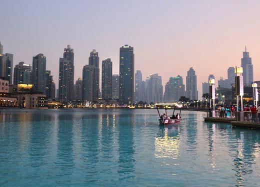 """عُمان """"سوق السياحة الأسرع نموًا"""" في دبي"""