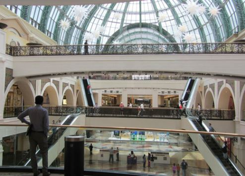 Dubai ends 2017 with mega retail bonanza