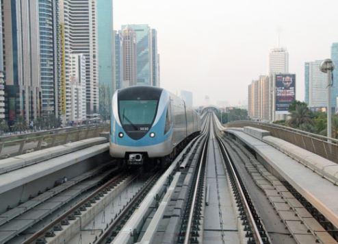 Dubai Tourism launches new free city tour apps for visitors