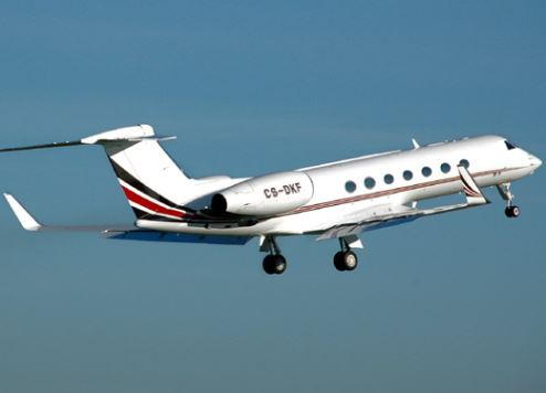 A Gulfstream G550 takes off.