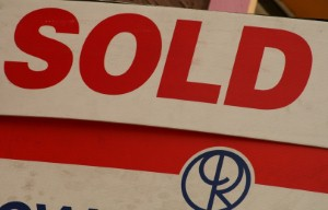 Dubai property market 'set for stable 2015'