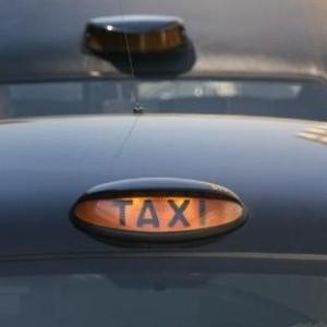 Dubai's taxi fleet introduces more hybrid cars