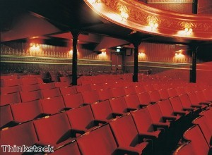 Dubai 'needs more theatres'